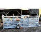 Ritchie Mobile Cattle Crate